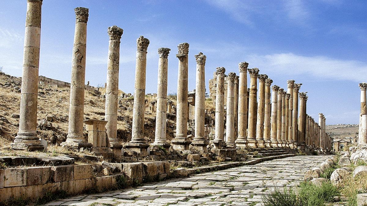 https://www.pexels.com/photo/ancient-antique-archaeology-architecture-462334/